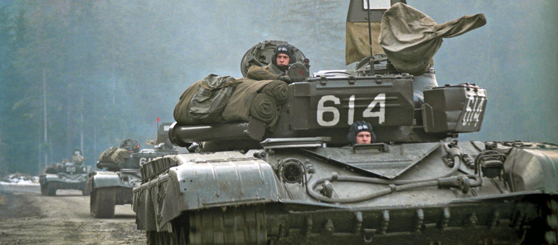 Odwrót wojsk radzieckich z Czechosłowacji w lutym 1990 roku - Sputnik Polska, 1920, 26.02.2020