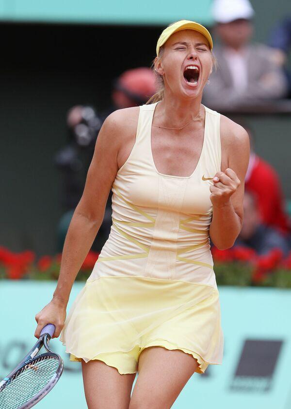 Marija podczas turnieju Roland Garros w 2011 roku - Sputnik Polska