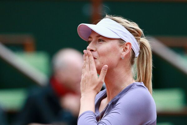 Marija podczas turnieju Roland Garros w 2013 roku - Sputnik Polska