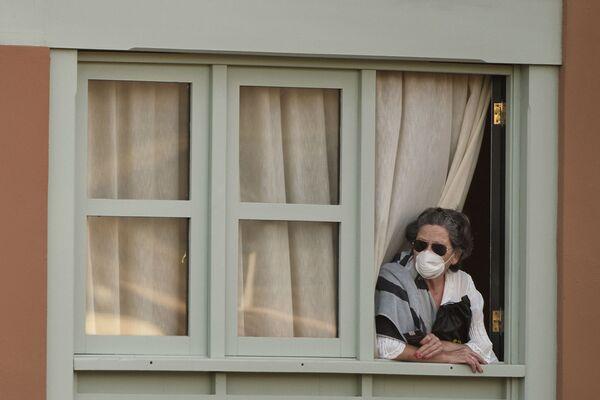 Kobieta w hotelu na Teneryfie - Sputnik Polska