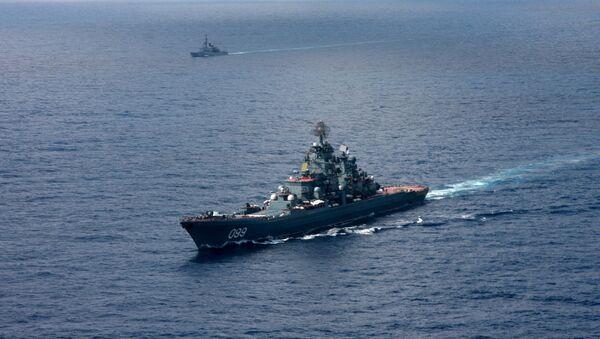 Ciężki krążownik rakietowy o napędzie atomowym Piotr Wielki - Sputnik Polska