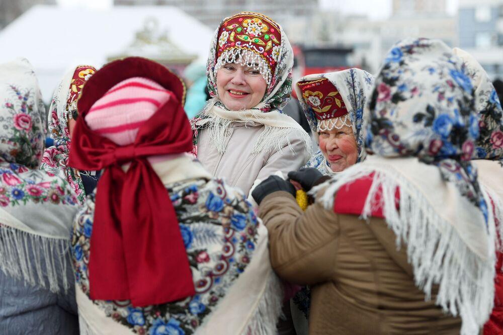 Uczestniczki obchodów Maslenicy w Kazaniu