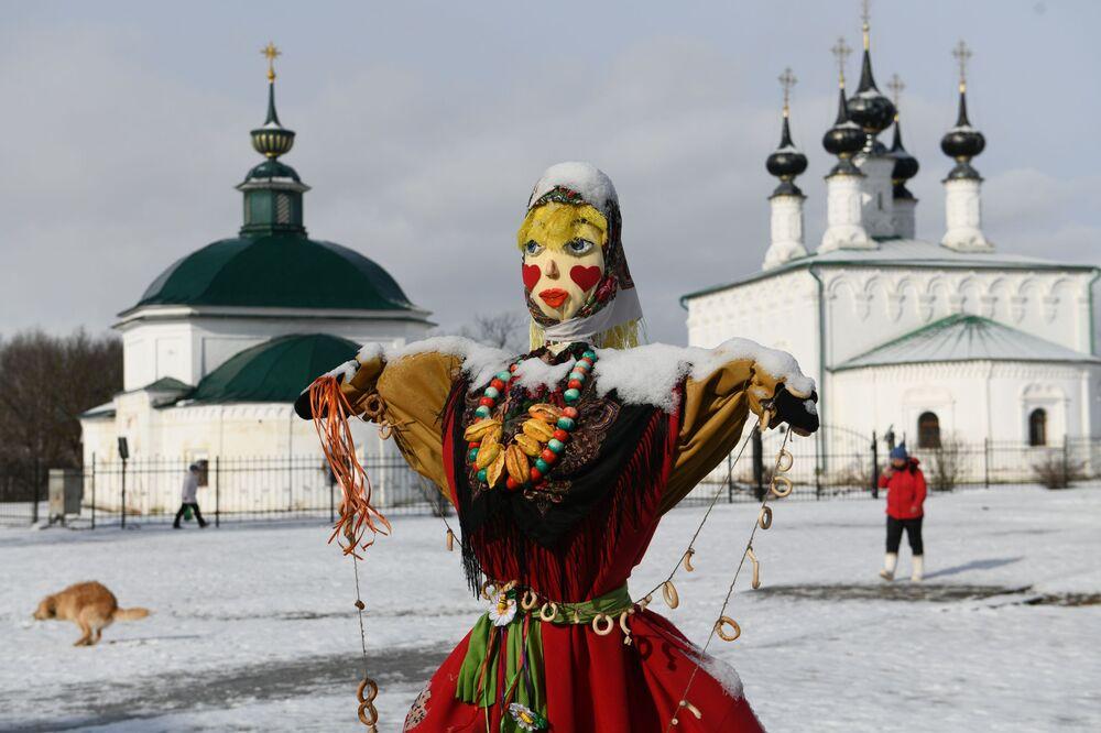 Obchody Maslenicy w Suzdalu