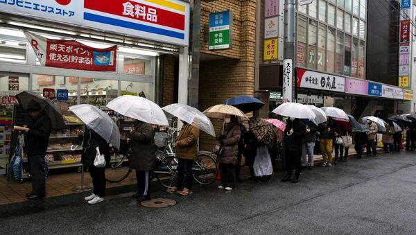 Kolejka po papier toaletowy, Japonia - Sputnik Polska