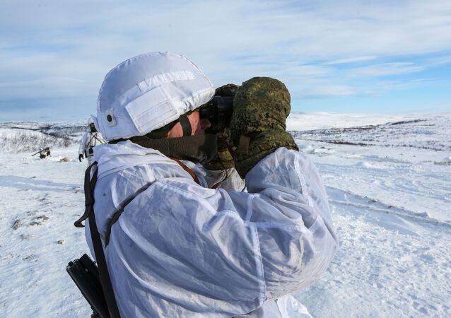 Rosyjscy żołnierze w Arktyce