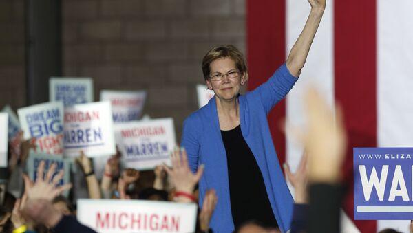 Senator z Massachusetts Elizabeth Warren - Sputnik Polska