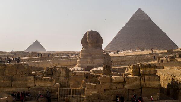 Piramidy w Gizie, Egipt. - Sputnik Polska