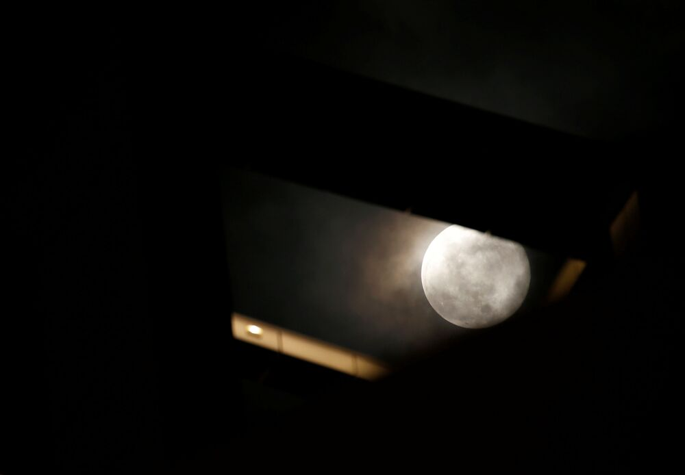 Superksiężyc nad Maltą