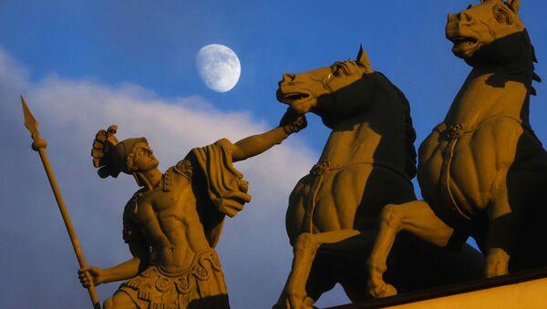 Księżyc nad Petersburgiem - Sputnik Polska