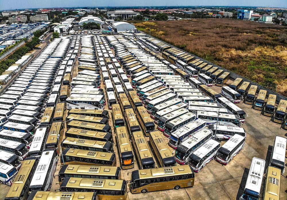 Parking autobusów turystycznych w Tajlandii