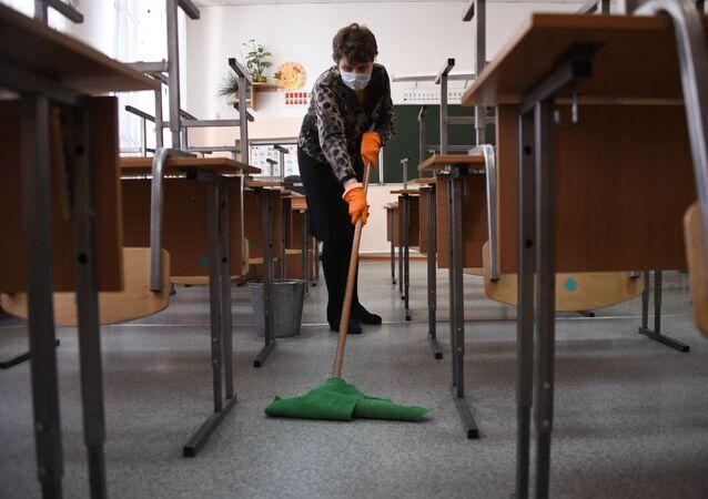 Dezynfekcja w szkołach