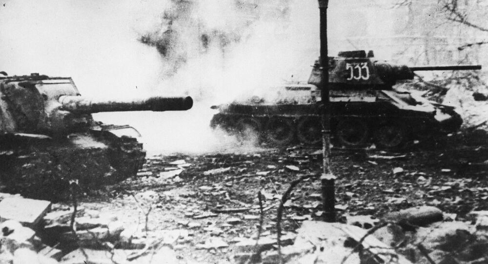 Radzieckie czołgi na ulicach Wrocławia, 1945