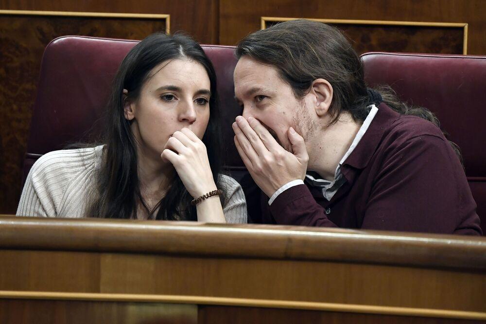 Członkowie Kongresu Deputowanych Hiszpanii Irene Montero i Pablo Iglesias