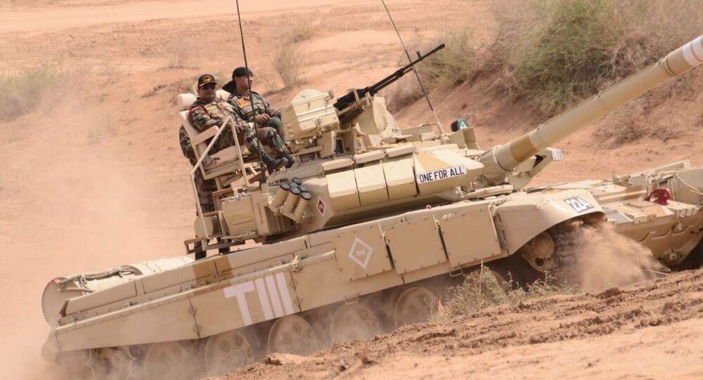 Czołg T-90 na indyjskich manewrach