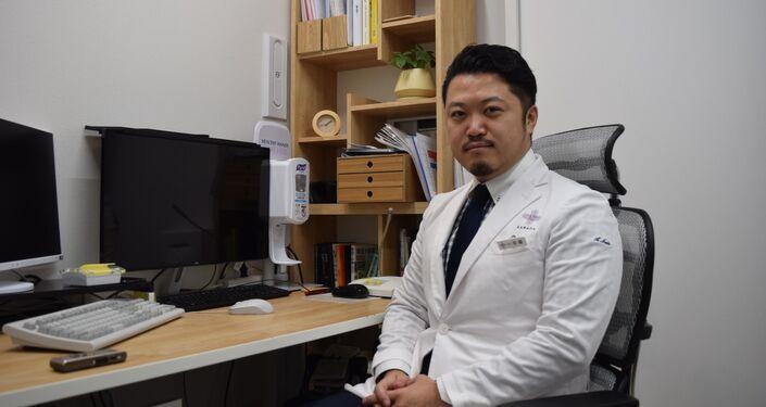 Japoński lekarz Sato Akihiro