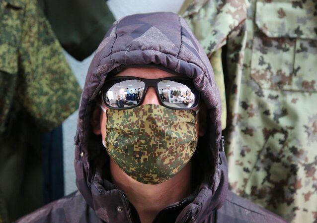 Militarne maseczki ochronne
