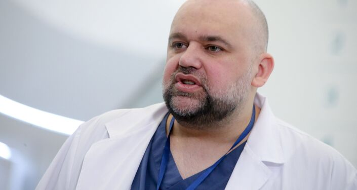 Ordynator szpitala w Kommunarce Denis Procenko