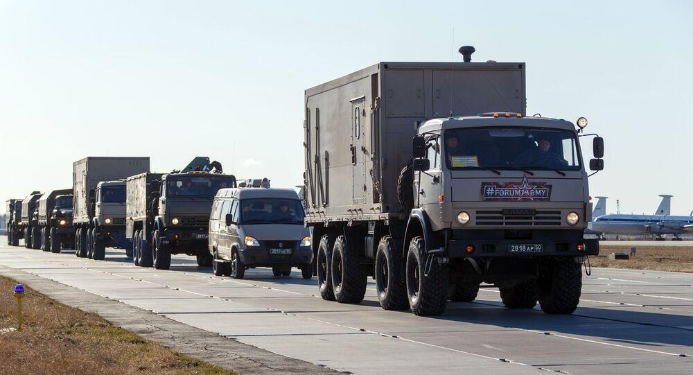 Kolumna z rosyjskim sprzętem, wysyłanym do Włoch do walki z koronawirusem