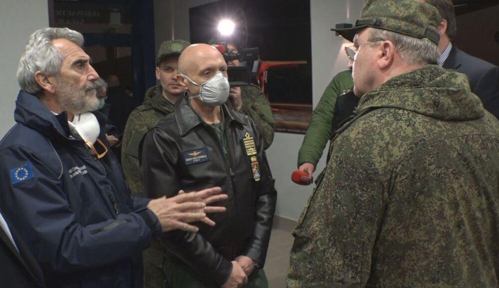 Szef Sztabu Generalnego Sił Zbrojnych Włoch podziękował Rosji za pomoc w walce z koronawirusem