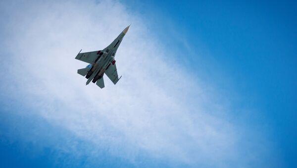 Wielozadaniowy myśliwiec Su-27 - Sputnik Polska