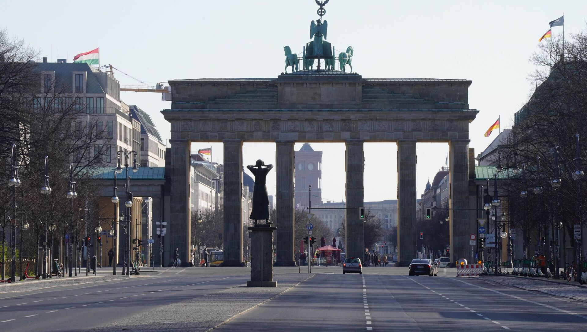 Brama Brandenburska w Berlinie. - Sputnik Polska, 1920, 26.02.2021