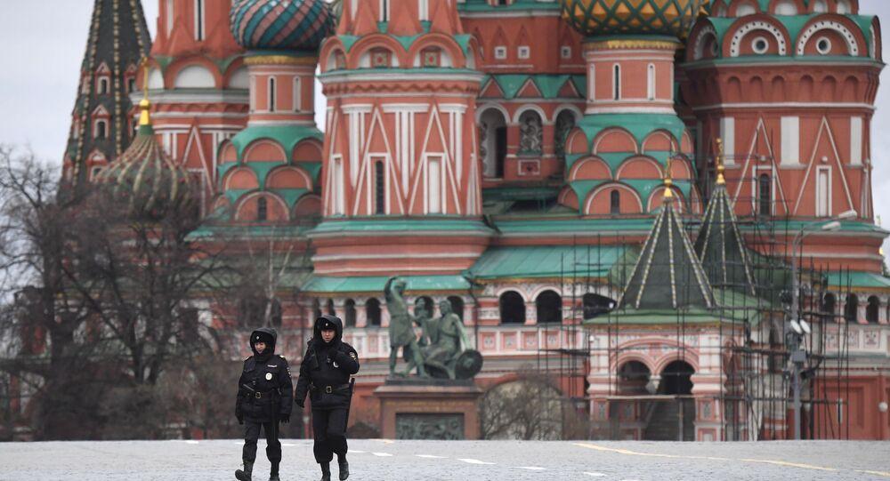 Funkcjonariusze policji na Placu Czerwonym
