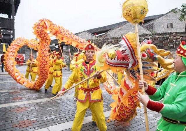 Państwa świata. Chińczycy świętują