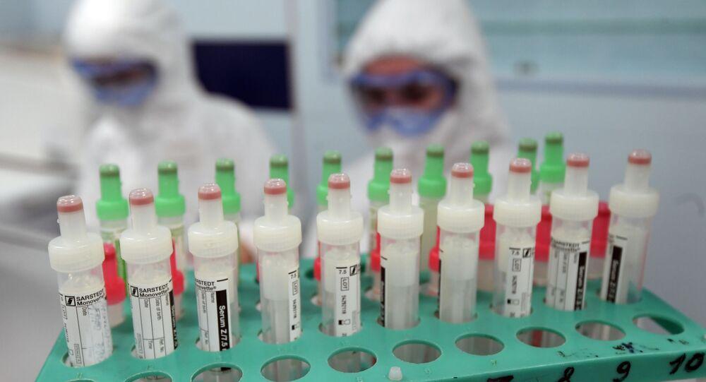 Probówki z materiałem biologicznym w szpitalu nr 15 im. Filatowa