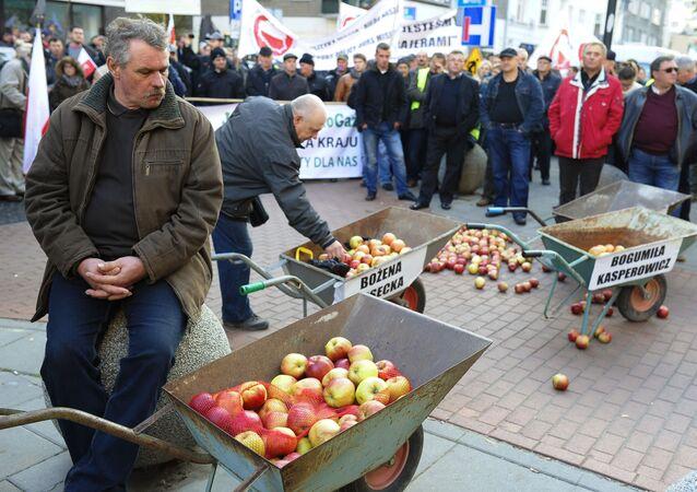 Protest polskich rolników przeciwko sankcjom wobec Rosji