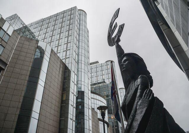 Budynek Parlamentu Europejskiego w Brukseli