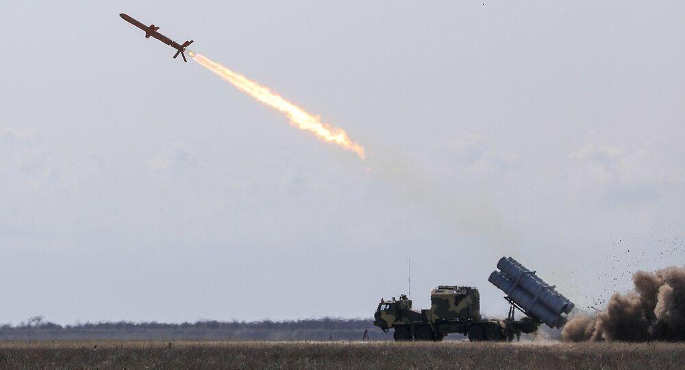 """Wystrzał ukraińskiego pocisku manewrującego """"Neptun"""""""
