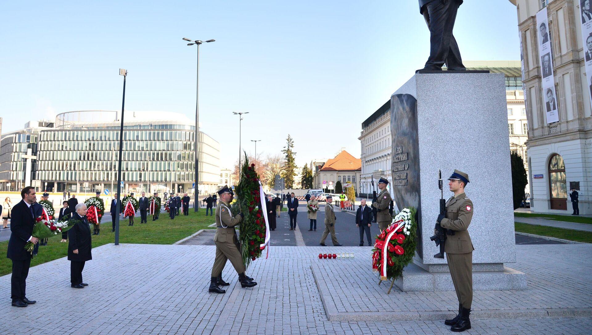 Jarosław Kaczyński podczas obchodów 10. rocznicy katastrofy pod Smoleńskiem - Sputnik Polska, 1920, 10.04.2021