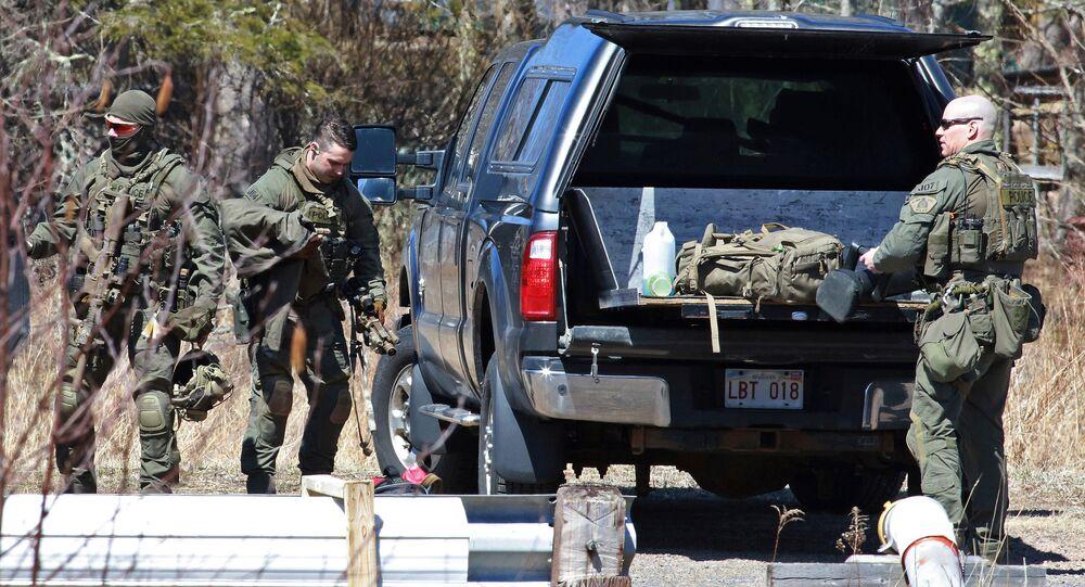 Kanadyjska policja na miejscu zdarzenia