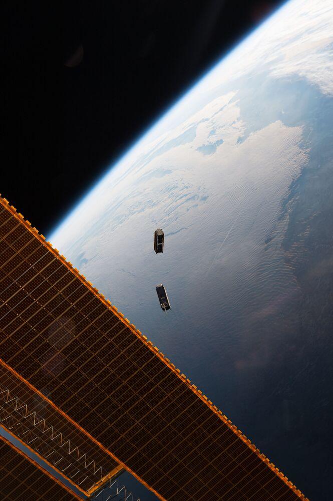 Małe sztuczne satelity Ziemi CubeSat