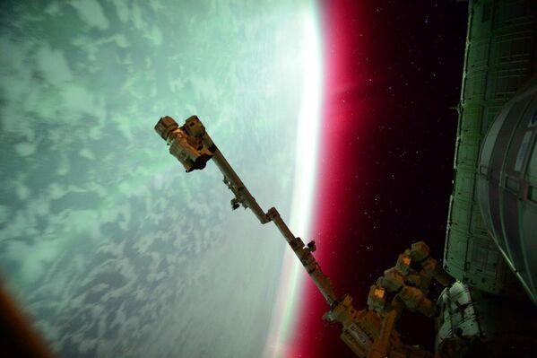 Zorza polarna widziana z MSK  - Sputnik Polska