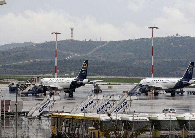Samoloty na lotnisku w Atenach