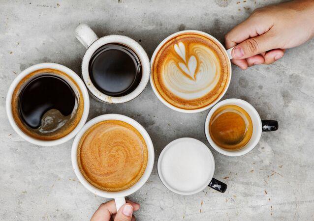 Filiżanki z kawą