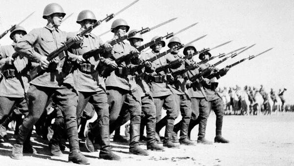 Radzieccy żołnierzy w Iranie - Sputnik Polska