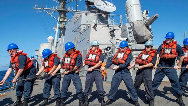 Załoga amerykańskiego niszczyciela USS Kidd  - Sputnik Polska