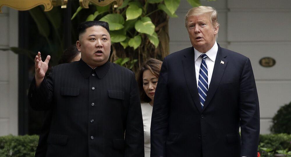 Spotkanie lidera KRLD Kim Dzong Una i prezydenta USA Donalda Trumpa. Zdjęcie archiwalne