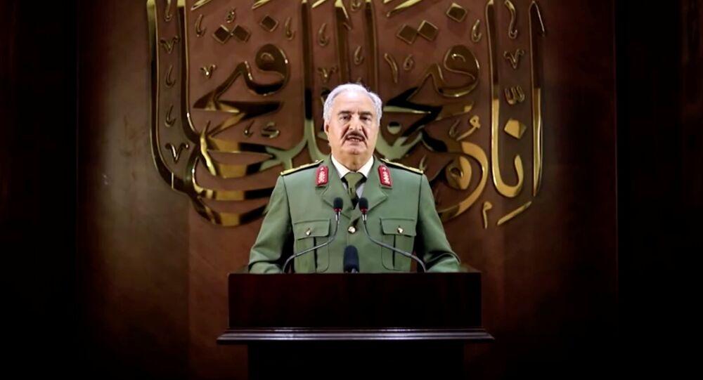 Głównodowodzący Libijskiej Armii Narodowej Chalifa Haftar