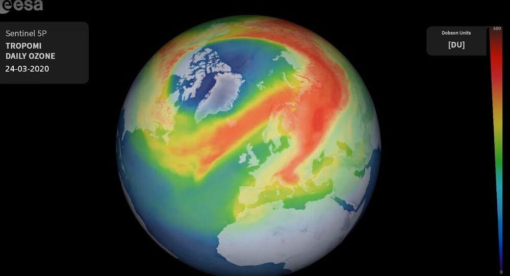 Dziura ozonowa nad Arktyką