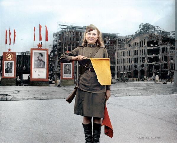 Szeregowa Luba Rosenowa w Berlinie - Sputnik Polska