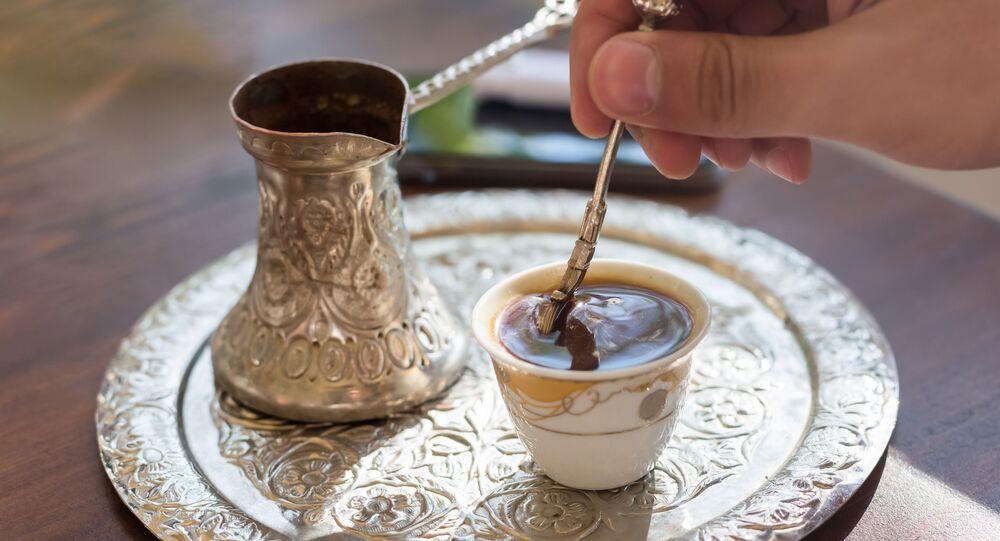 Kawa parzona w tygielku