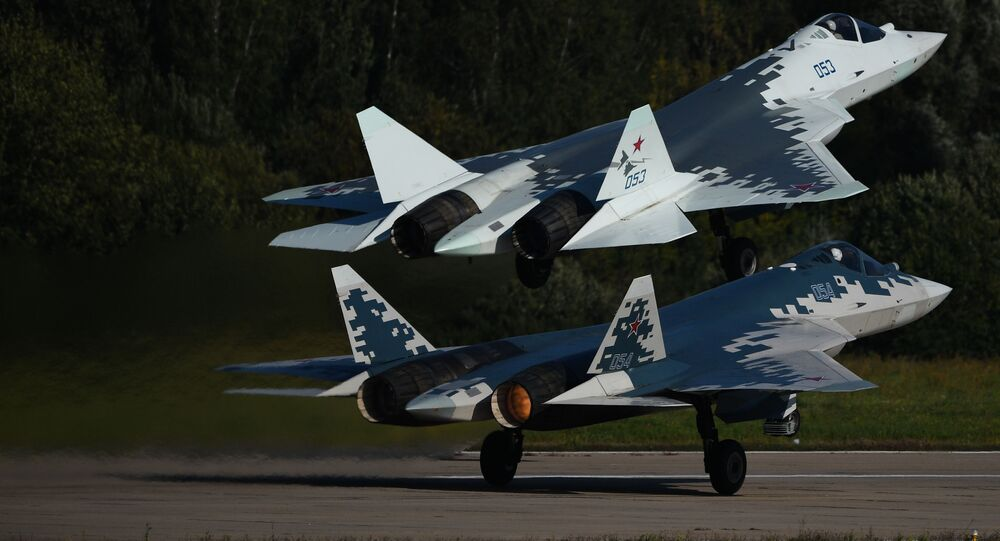 Rosyjskie wielozadaniowe myśliwce piątej generacji Su-57 na Międzynarodowym Salonie Lotniczym i Kosmicznym MAKS 2019 w Żukowskim pod Moskwą