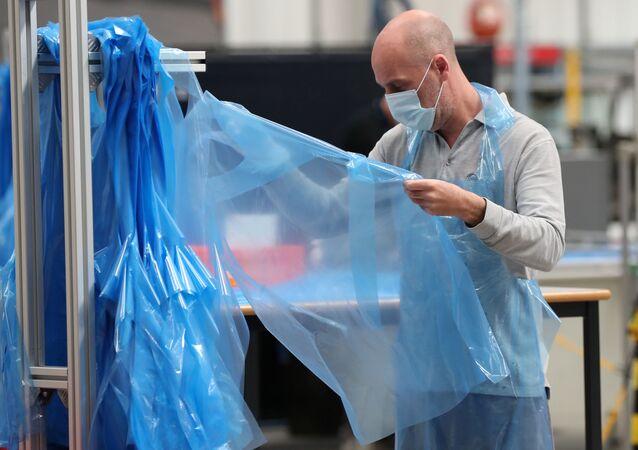 Pracownik fabryki Nissana w Sunderland, Wielka Brytania