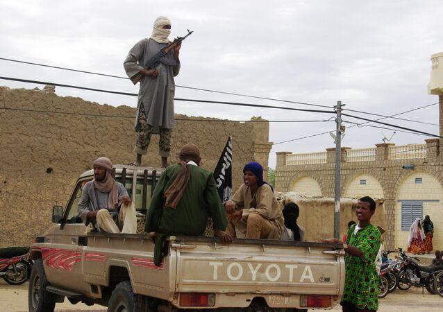 Bojownicy z ugrupowania Państwo Islamskie
