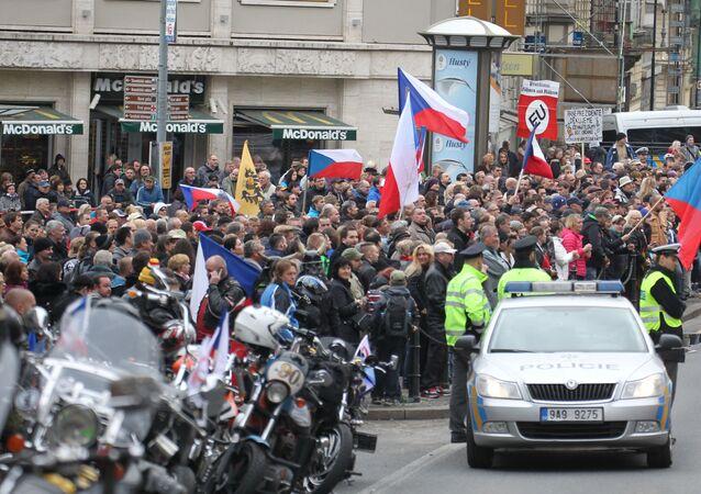 Miting w Pradze