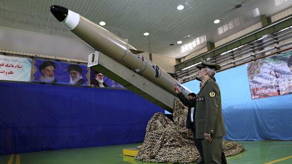 Nowa irańska rakieta balistyczna typu Fatech - Sputnik Polska