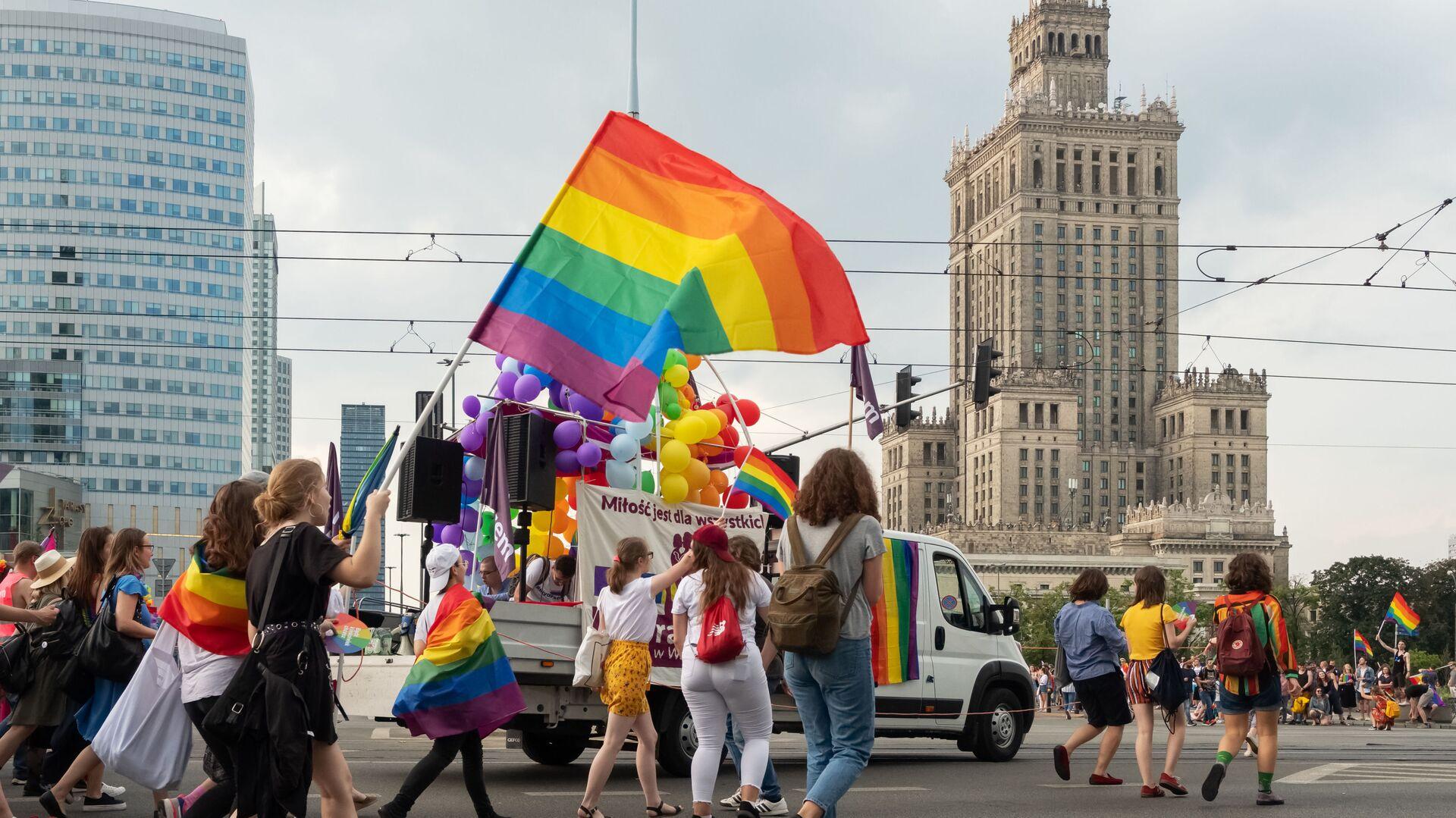 Parada LGBT w Warszawie - Sputnik Polska, 1920, 19.06.2021